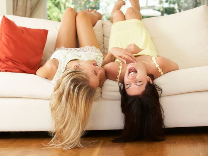 nevetés, lányok, barátnők