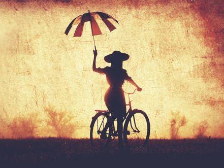 biciklis nő