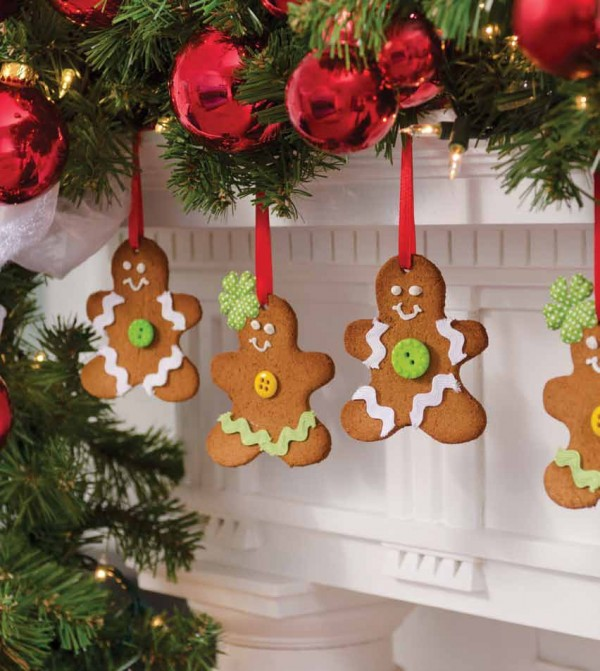 "Michelle Obama's Gingerbread Ornaments for ""A White House Christmas"" Photo by: Anne-Marie Caruso"