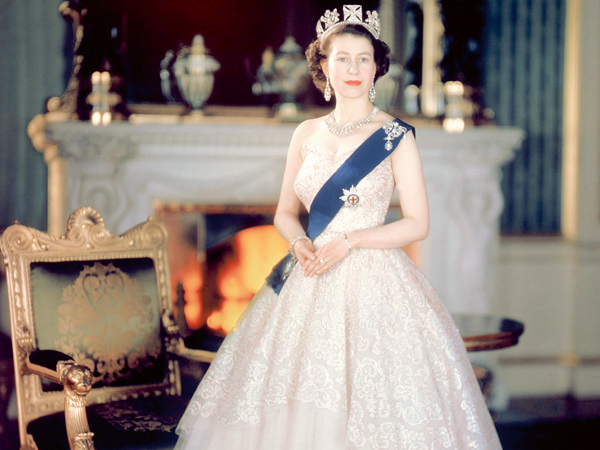 RCOD 227-X15  HM Queen Elizabeth II. Obligatory Credit - CAMERA PRESS/ Baron. SPECIAL PRICE APPLIES. HM the Queen pictured in 1953 in Buckingham Palace, wearing the blue mantle of the Order of the Star of the Garter.