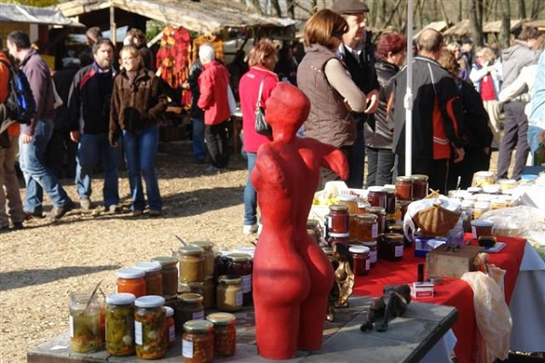 liliomkert piac
