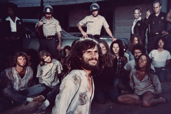 Charles-Manson-Helter-Skelter-1976