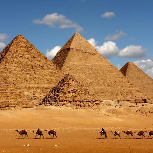 gízai-piramisok
