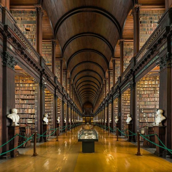 trinity-college-dublini-könyvtár