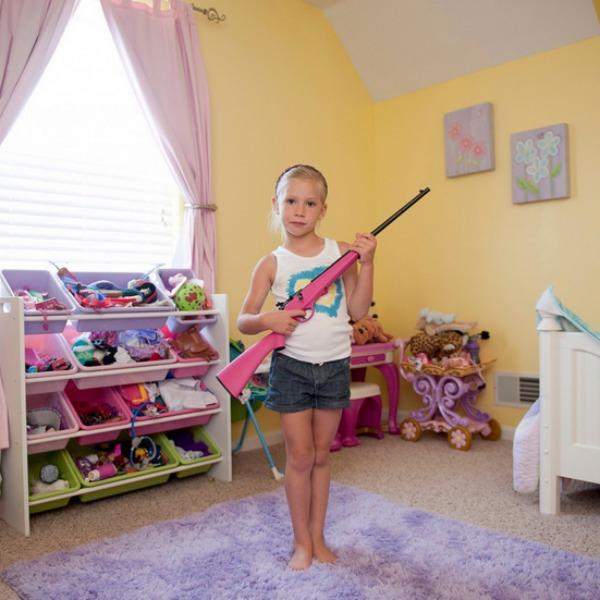 gyerekek-fegyverrel6