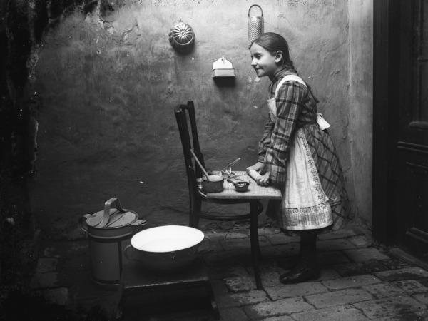 kislány-konyha