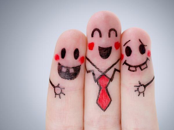 nevető-ujjak