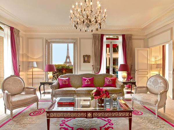 Hotel-Plaza-Athénée-Párizs