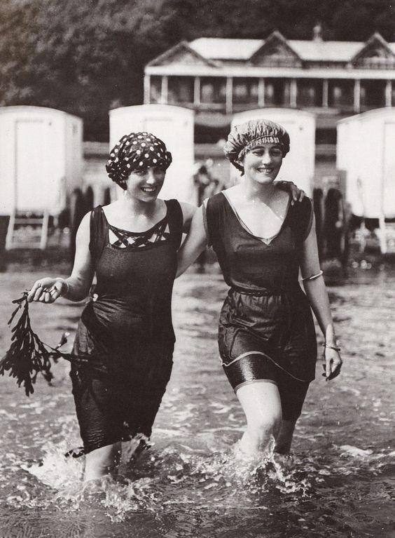 1910_fürdőruha