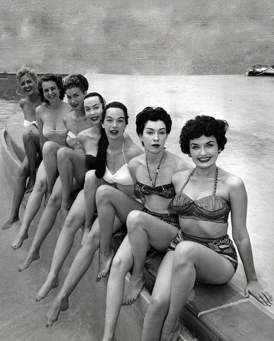 fürdőruha 40-es évek