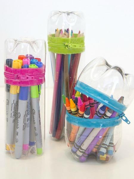 műanyag-üveg-tolltartó