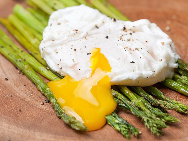 buggyantott-tojás