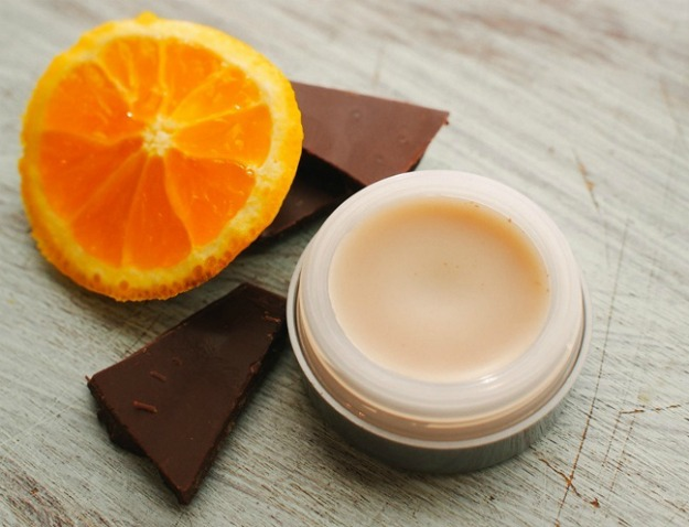 easy-homemade-lip-balm
