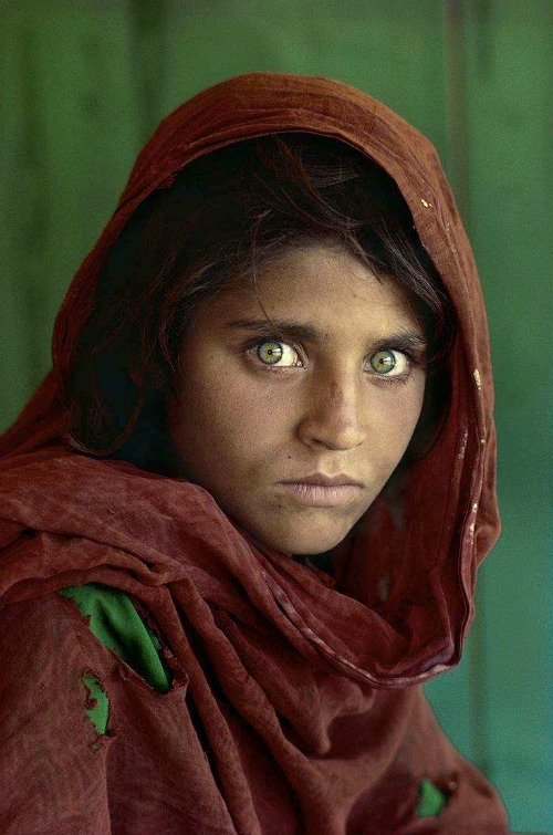iconic-images-1980s-afghan-girl