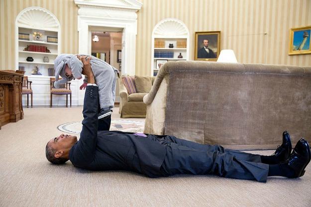 barack-obama-photographer-pete-souza-white-house-140-5763e48acde23__880