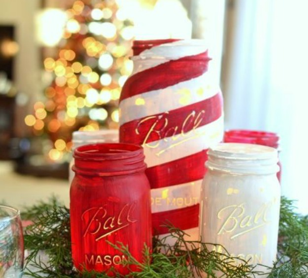 candy-cane-striped-painted-mason-jar-centerpiece