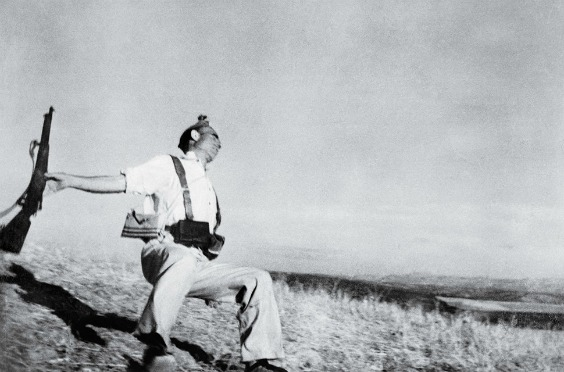 time-100-influential-photos-robert-capa-falling-soldier-24