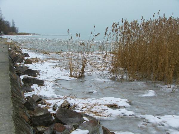 balton-befagyott-jege