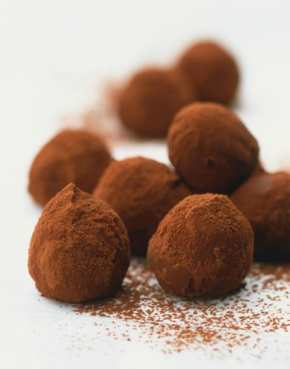 1483029476-1467815026-1467739993-1987-chocolate-truffles