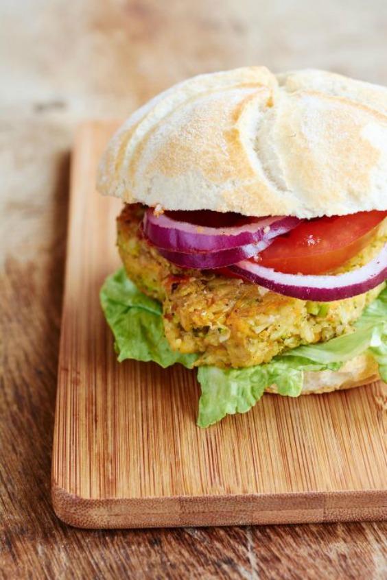 1483029494-1467815046-1467740013-1989-veggie-burger