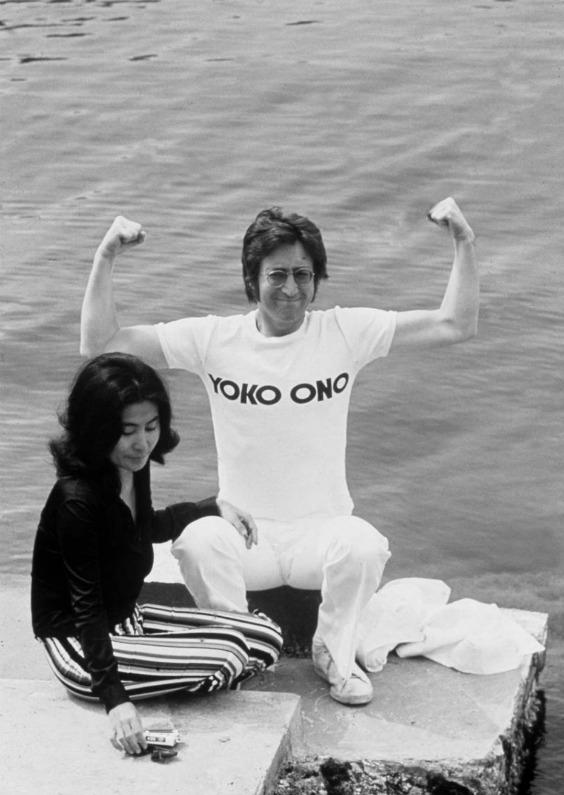 036-yoko-ono-and-john-lennon-theredlist