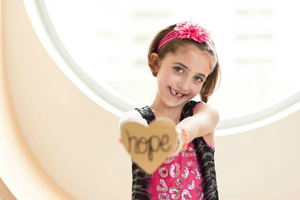 15-Uplifting-Images-of-Children-with-Cancer-57d66f342e6f7__880