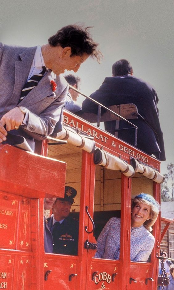 BALLARAT - APRIL 15: Diana Princess of Wales and Prince Charles ride on a stagecoach through Sovereign Hill on April 15, 1983 in Ballarat, Australia during the Royal Tour of Australia. Diana wore a dress from Miss Antoinette. (Photo by David Levenson/Getty Images) Processed with VSCO with kk1 preset