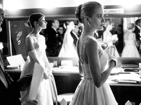 Audrey Hepburn and Grace Kelly backstage at the 28th Annual Academy Awards, 1956 (3)