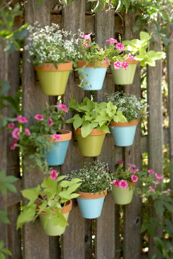 07-pastel-shades-of-blue-and-green-highlight-this-charming-design-vertical-gardens-homebnc