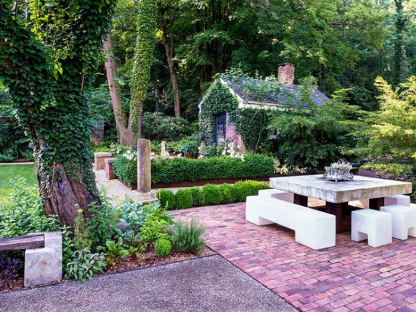 old-and-new-mash-up-garden-design_11505