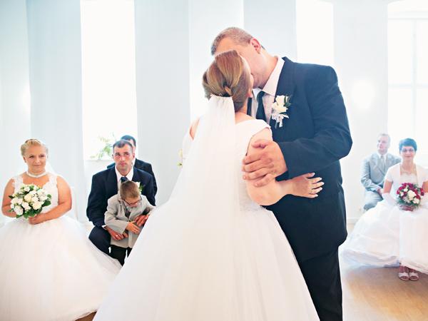 hármas esküvő