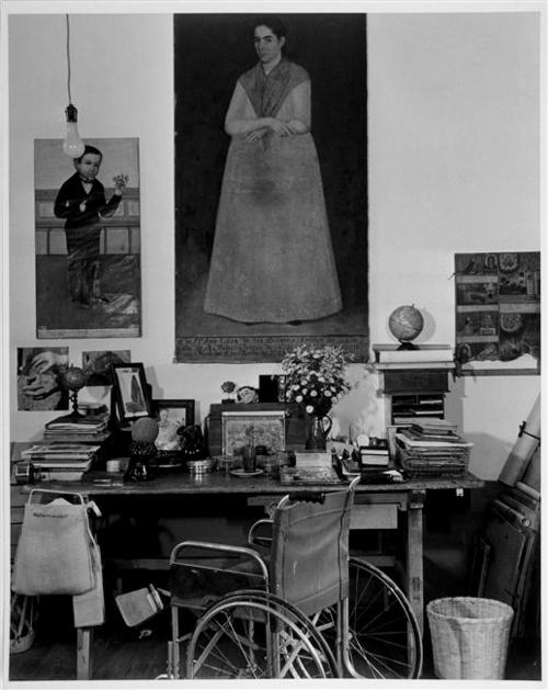 working-table-of-frida-kahlo-1951-mexiko
