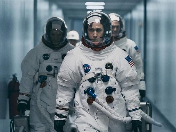 űrhajós keres szeszélyes nő